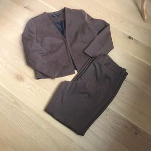 JONES NEW YORK SUIT